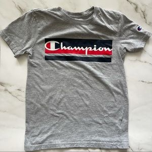 Champion boys short sleeve t-shirt with logo small